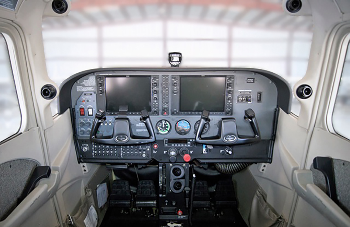 Cessna 172SP Flight Deck