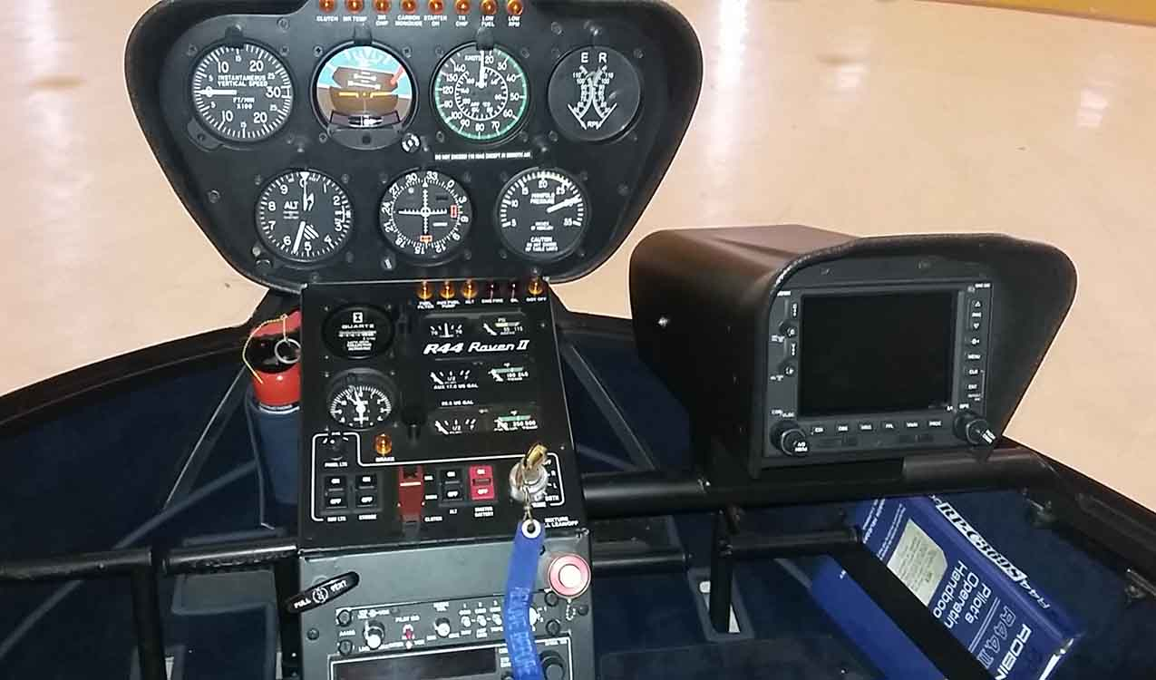 Robinsons R44 Flight Deck