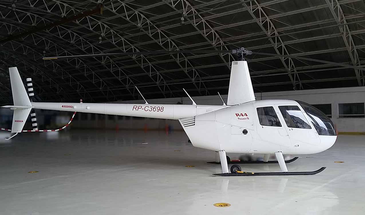 Robinsons R44